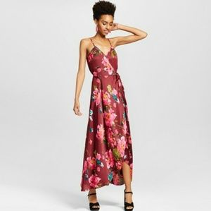 Xhilaration ◾ Sleeveless Wrap Floral Maxi Dress